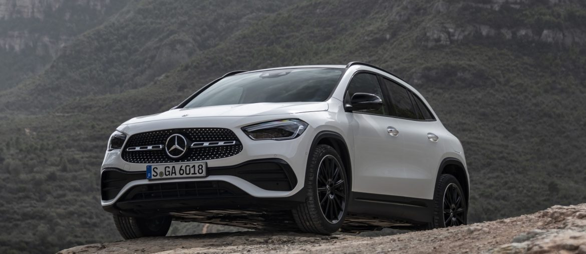 The new Mercedes-Benz GLA: Rounds off the current compact-car generation