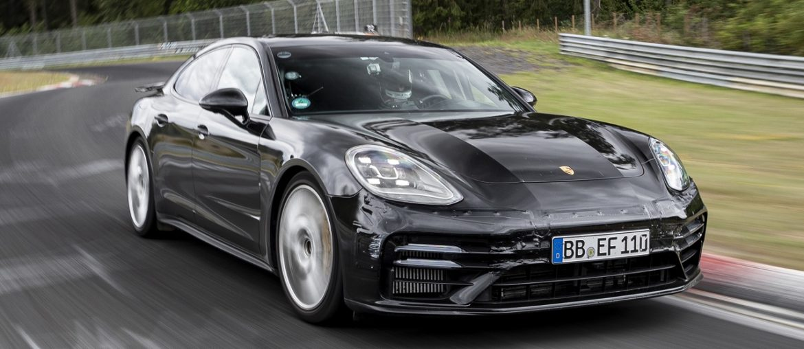 """New Panamera: Record for four-door saloon in the """"executive cars"""" category"""